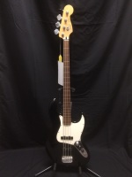 Used Fender Fretless Jazz